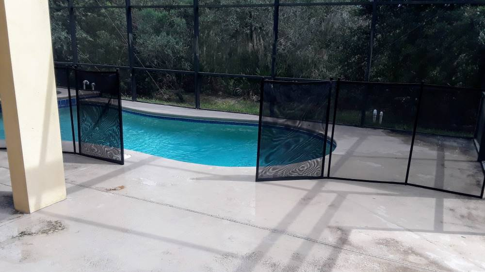 Find Pool Fence Company